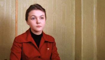 Марина Дюжева: «Мне очень мешал комплекс отличницы»