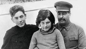 Светлана Алилуева. Как дочь Иосифа Виссарионовича Сталина сбежала из СССР