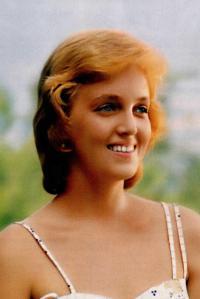 Сексуальная Светлана Аманова В Купальнике – Спортлото-82 (1982)