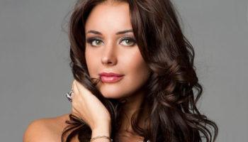 Оксана Федорова выписалась из родильного отделения