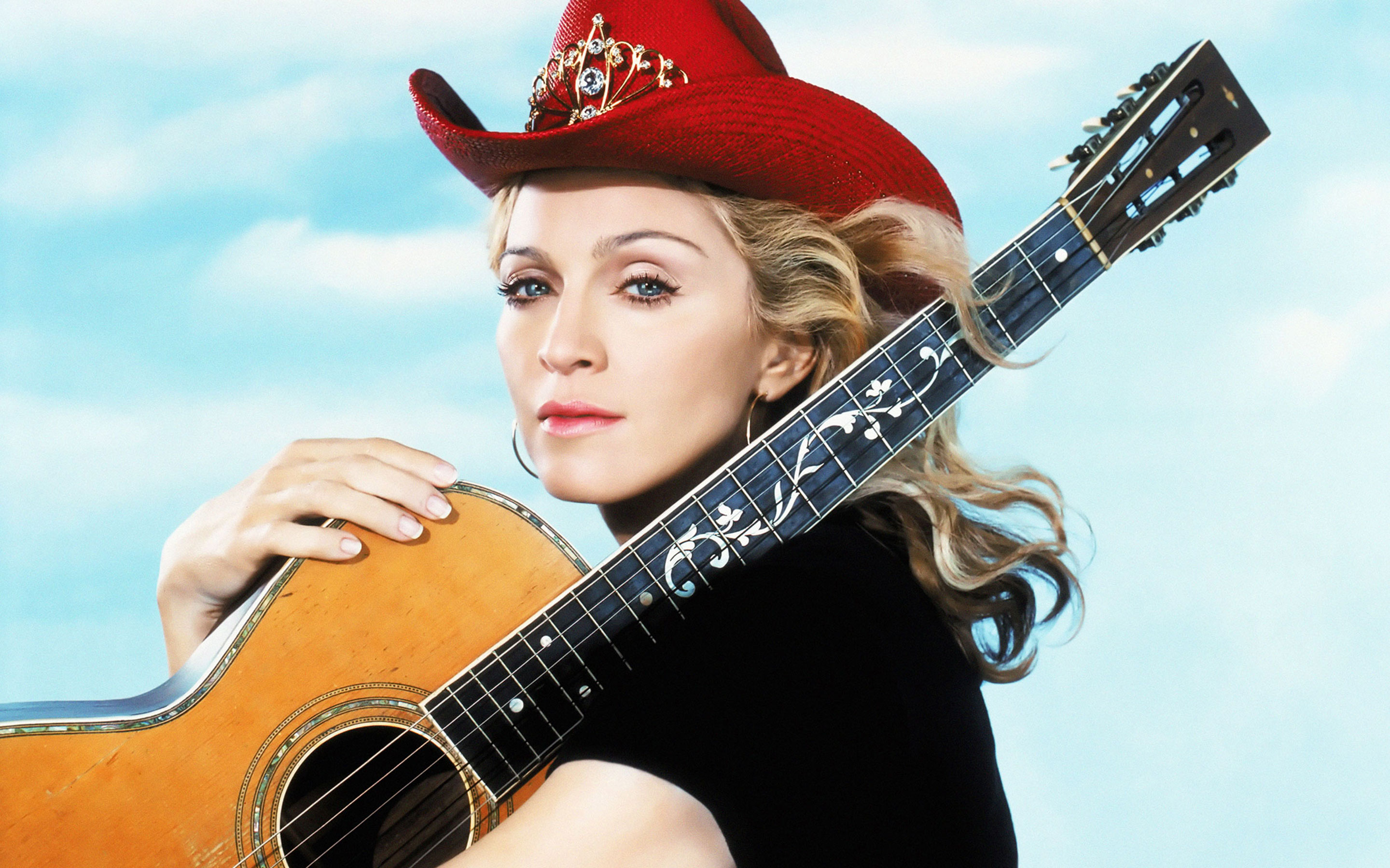 madonna-wallpaper-music-0001-notebook.jpg
