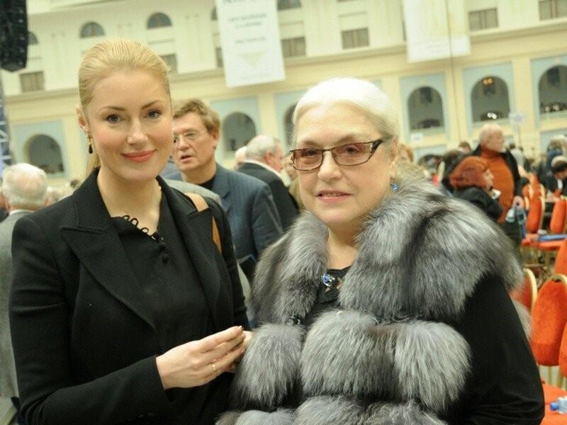 Лидия Федосеева-Шукшина с дочерью Марией