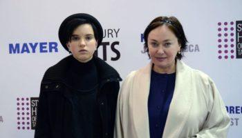 У дочери Ларисы Гузеевой обнаружили две доброкачественные опухоли